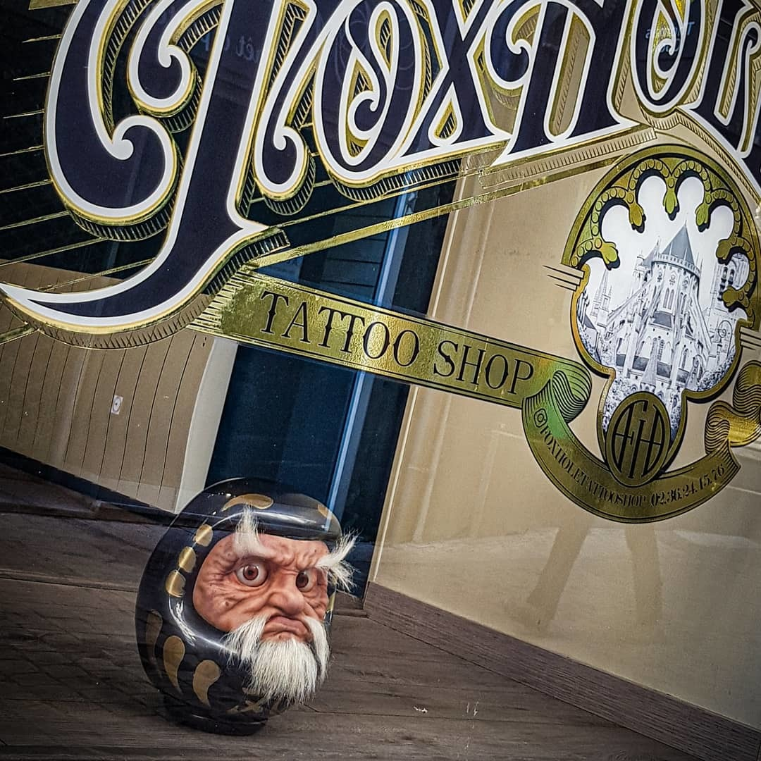 Galerie d'image - FoxHole Tattoo Shop
