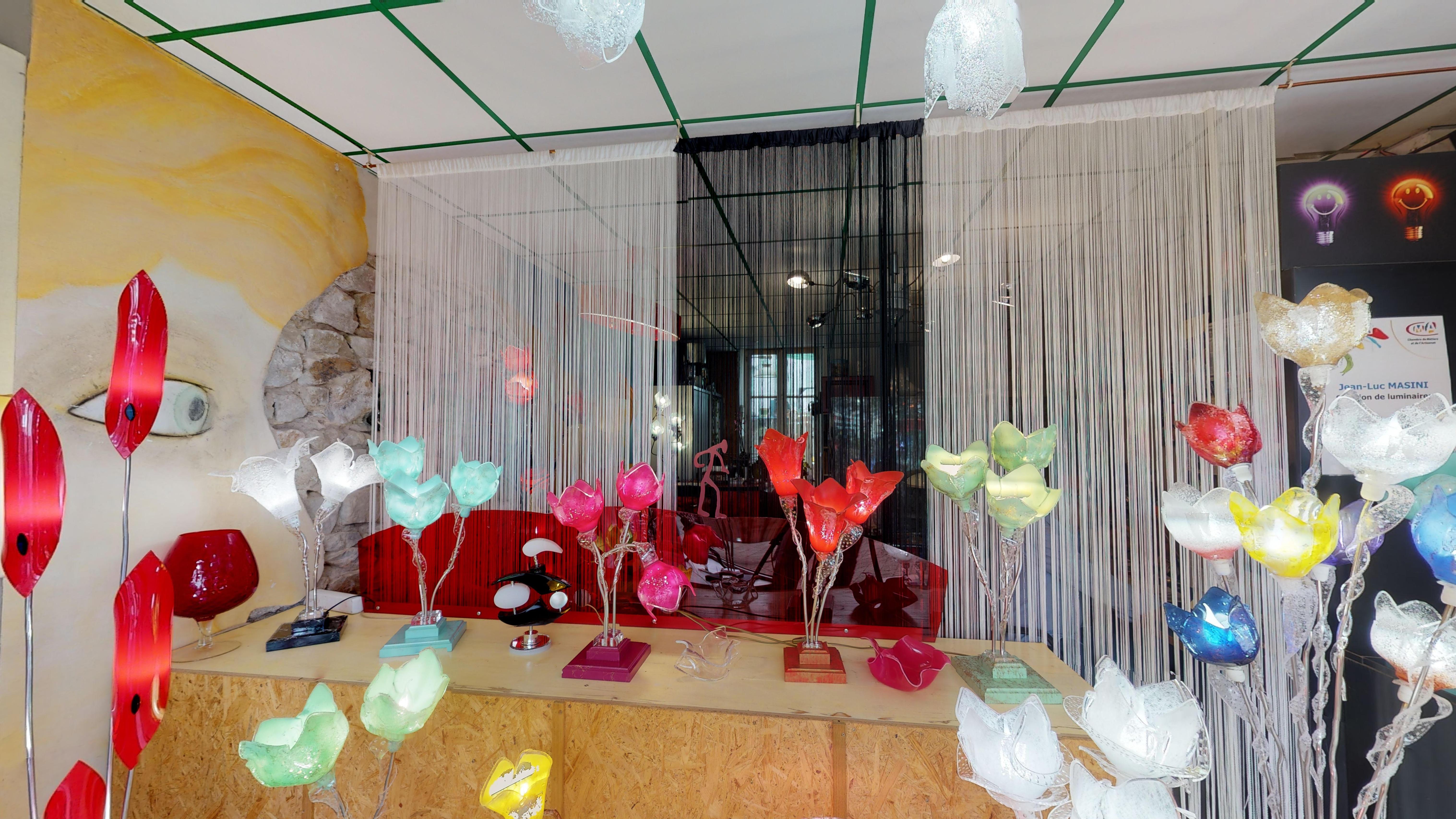 Galerie d'image - MASINI