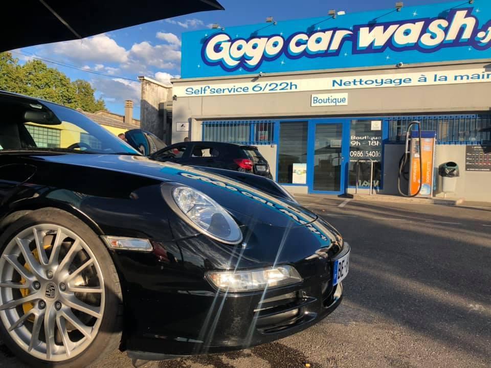 Galerie d'image - Go Go Car Wash / Go Go New Glass