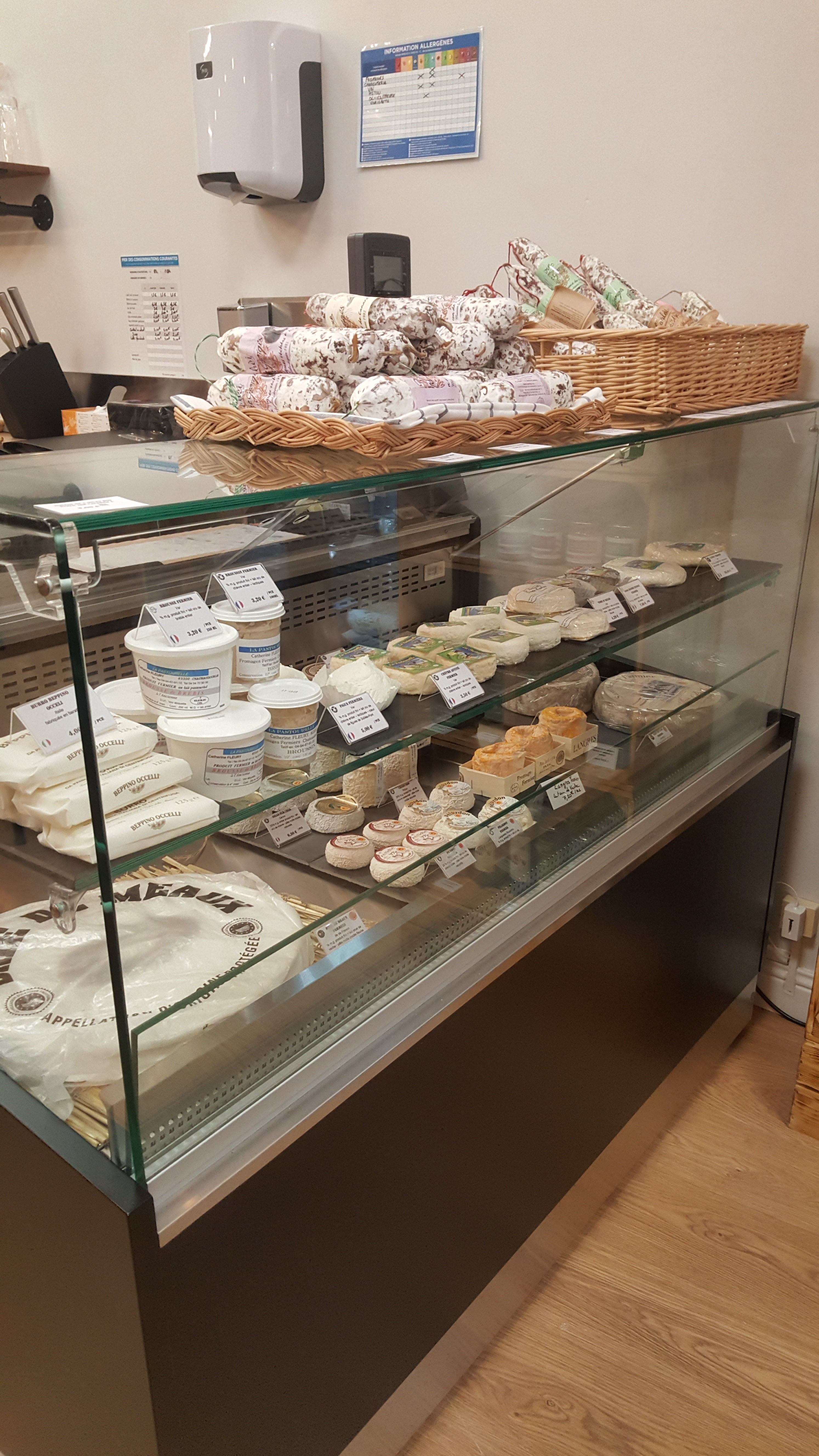 Galerie d'image - Cheeses and Cheers