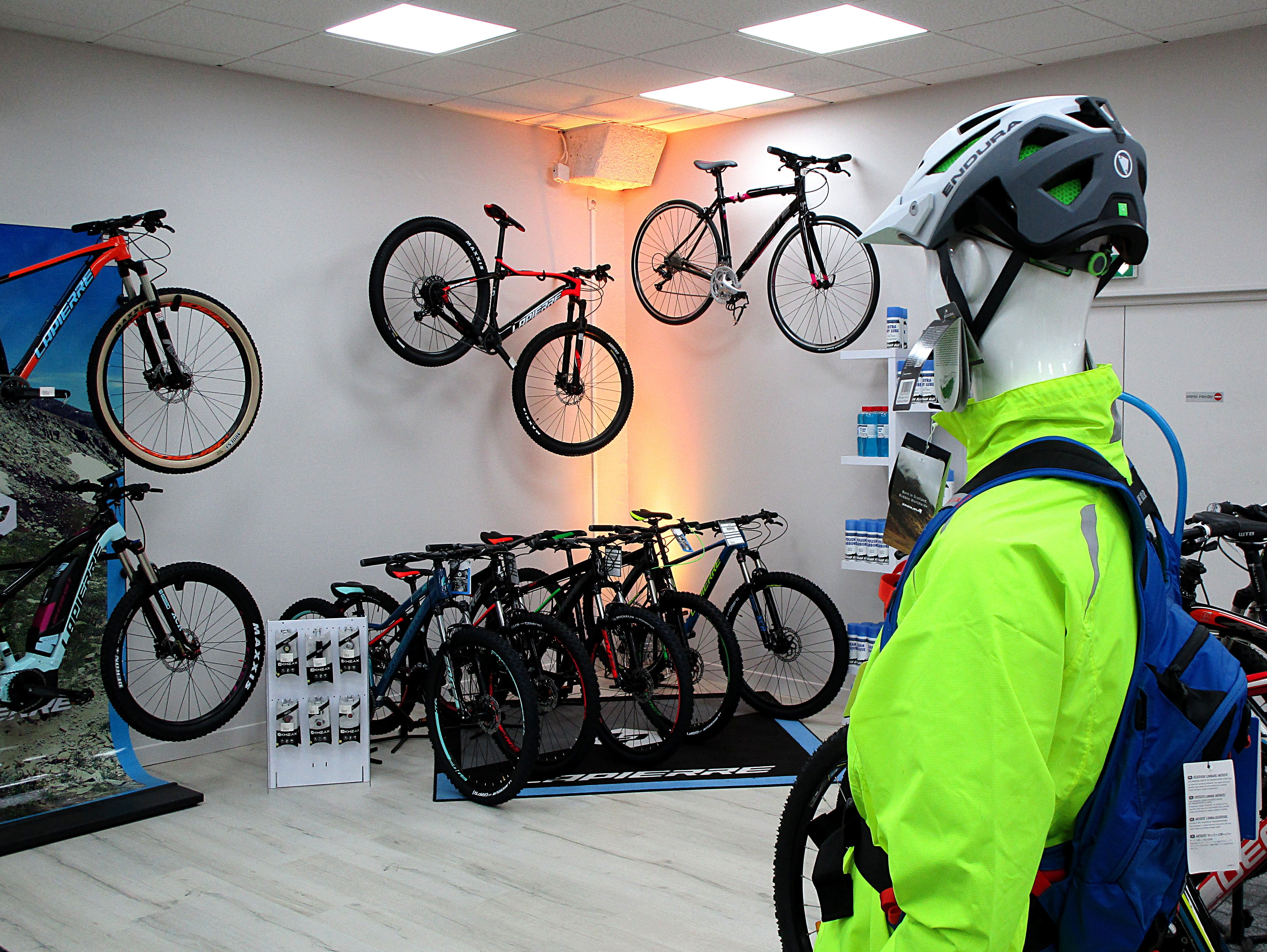 Galerie d'image - CYCLES CHASSEREZ