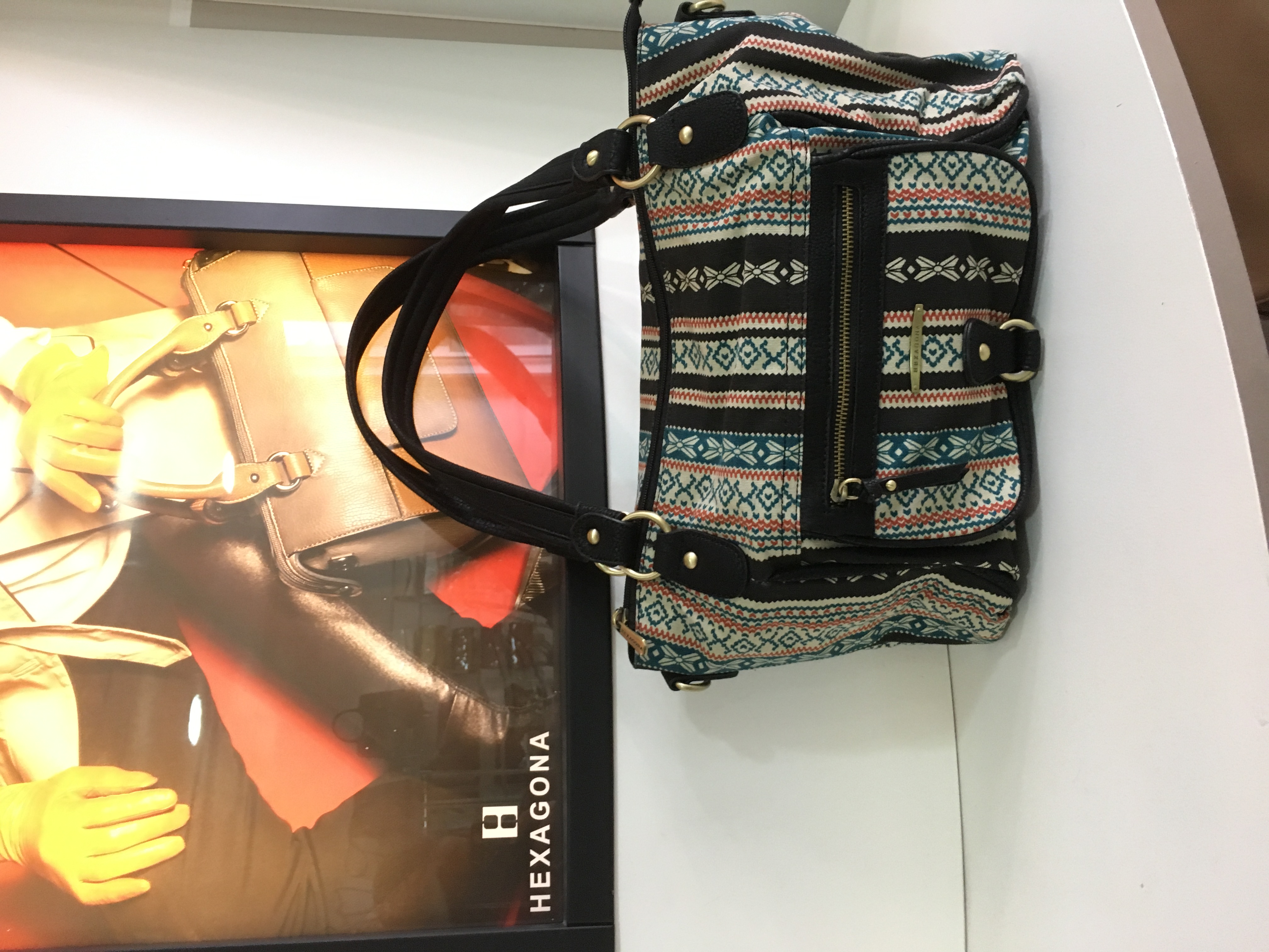 Galerie d'image - ongles d'ivoire